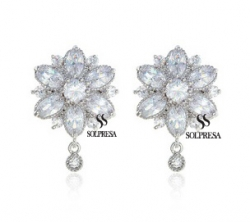 Solpresa Bridal Prosperity Flower 18K Earrings